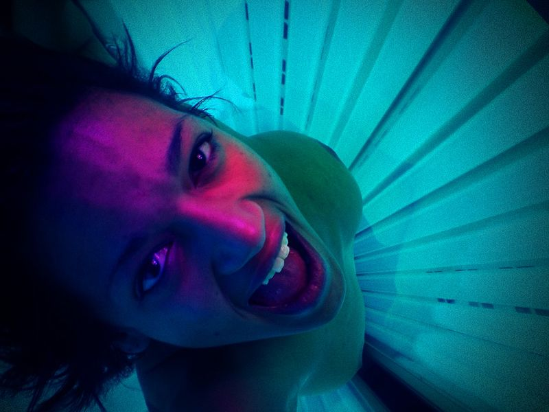 Oakville, Ont. Bans Teens From Using Tanning Beds: Other Cities To Follow?