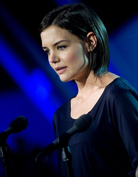 Katie Holmes Wont Be Stopped By No Blizzard