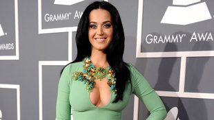 Katy Perry's Heart Shaped Ring: is Singer Getting Hitched?