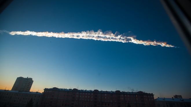 Russia meteor injuries hundreds (VIDEO)