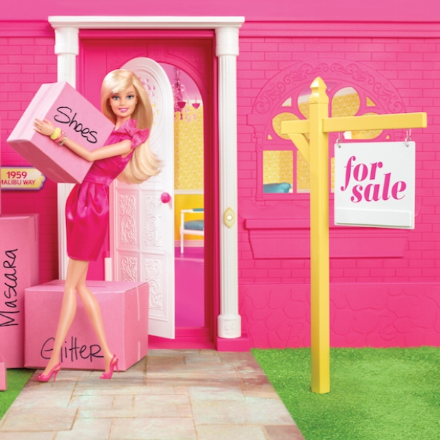 barbie Dream House Up For Sale (PHOTO)