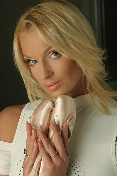 Bolshoi Ballerina Claims Troupe is Giant Brothel