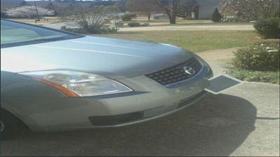 Woman finds iPad stuck to her car bumper, still works