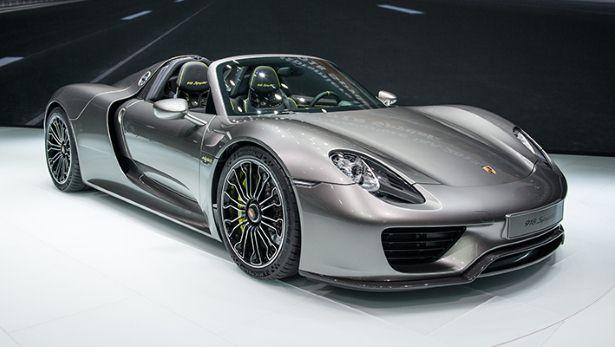 Move Over Ferrari and McLaren: Here's the Porsche 918 Hybrid Supercar
