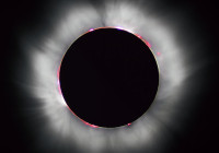 Hybrid solar eclipse visible from Canada today Luc Viatour
