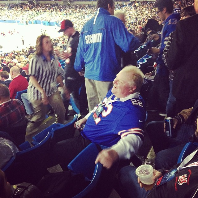 Rob Ford Steals Canadian Rockers Seat At Toronto NFL Game (PHOTO)