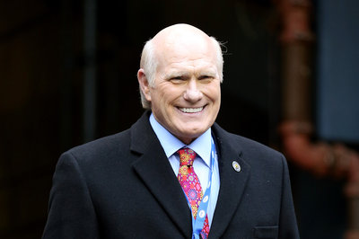Terry Bradshaw misses Superbowl due to fater's death