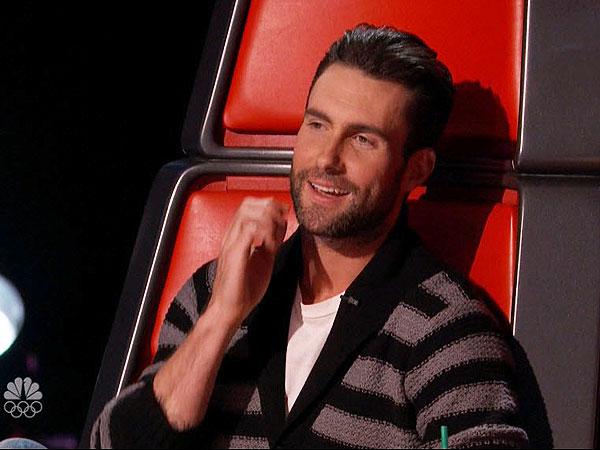 Adam Levine Imitates Shakira's Voice