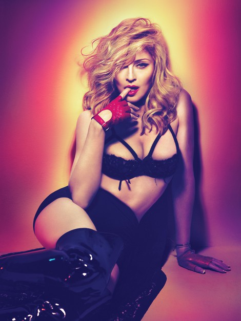 Underwear disappears from Madonna photo shoot