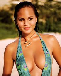 PHOTO – Chrissy Teigen says she was fired from photo shoot with Forever 21 for being 'too fat'