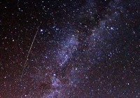 Perseid meteor and Milky Way in 2009CC BY-SA 3.0 Brocken Inaglory - Own work A multicolored, long Perseid meteor striking the sky just to the left of Milky Way.