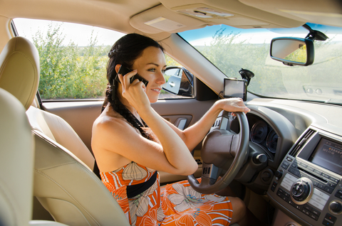 90% of Canadians say texting while driving is socially unacceptable