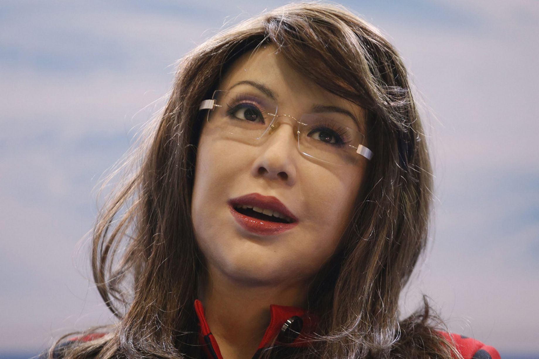 Humanoid Robot Looks, Moves Like A Real Woman (VIDEO)