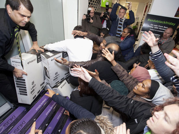 Black Friday 2015:  Shopbot Reveals Major Trends In Canada