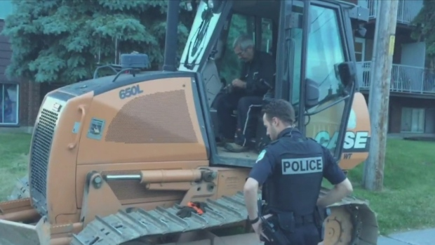 Man On Bulldozer : Man driving bulldozer gets dui in gatineau ecanadanow