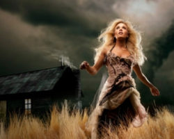 Carrie Underwood: Tornado Hits Home Of Country Singer