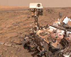 NASA's Curiosity Rover Breaks Are Coming Apart
